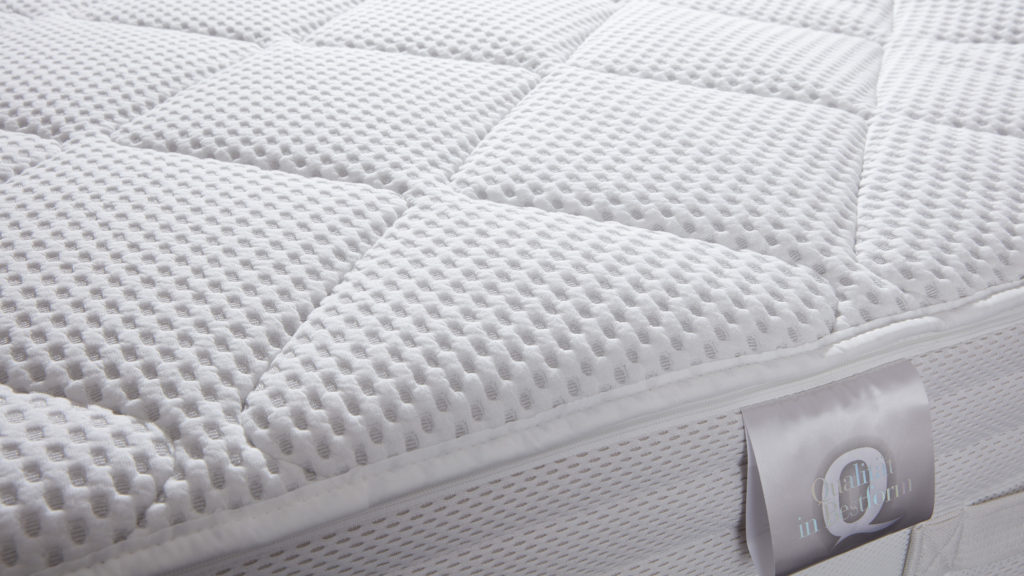 eine oder zwei matratzen awesome zwei matratzen m. Black Bedroom Furniture Sets. Home Design Ideas