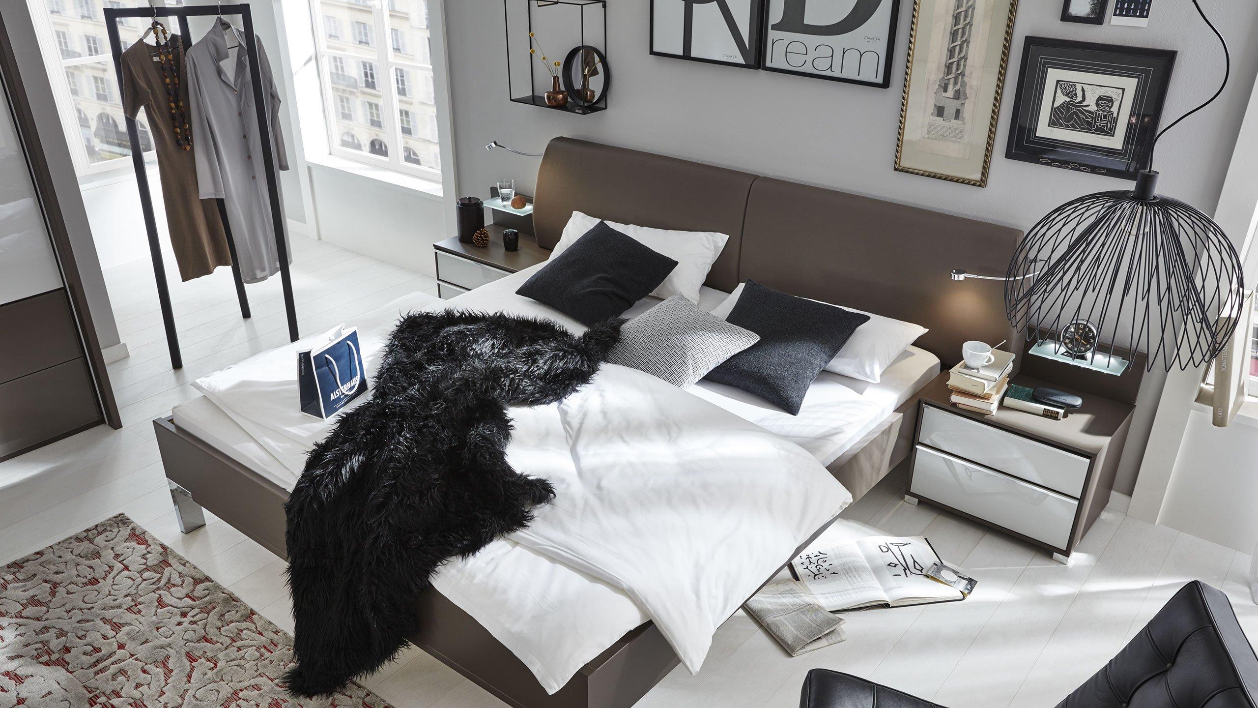 Mit Farbe Räume Gestalten  Interliving Schlafzimmer Serie 1006