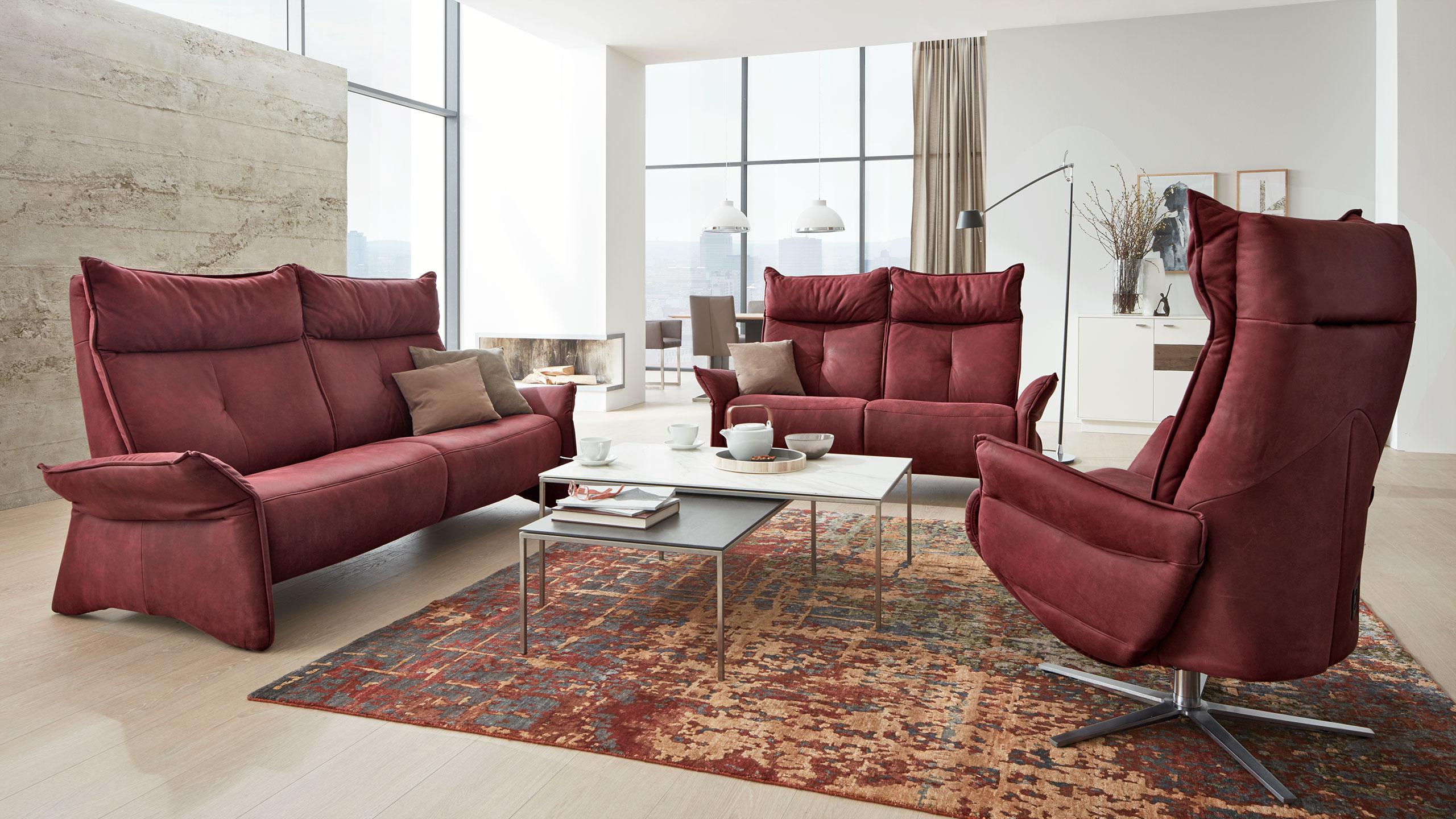 Interliving-Sofa-Serie-4200-rot-Sessel-Sofa