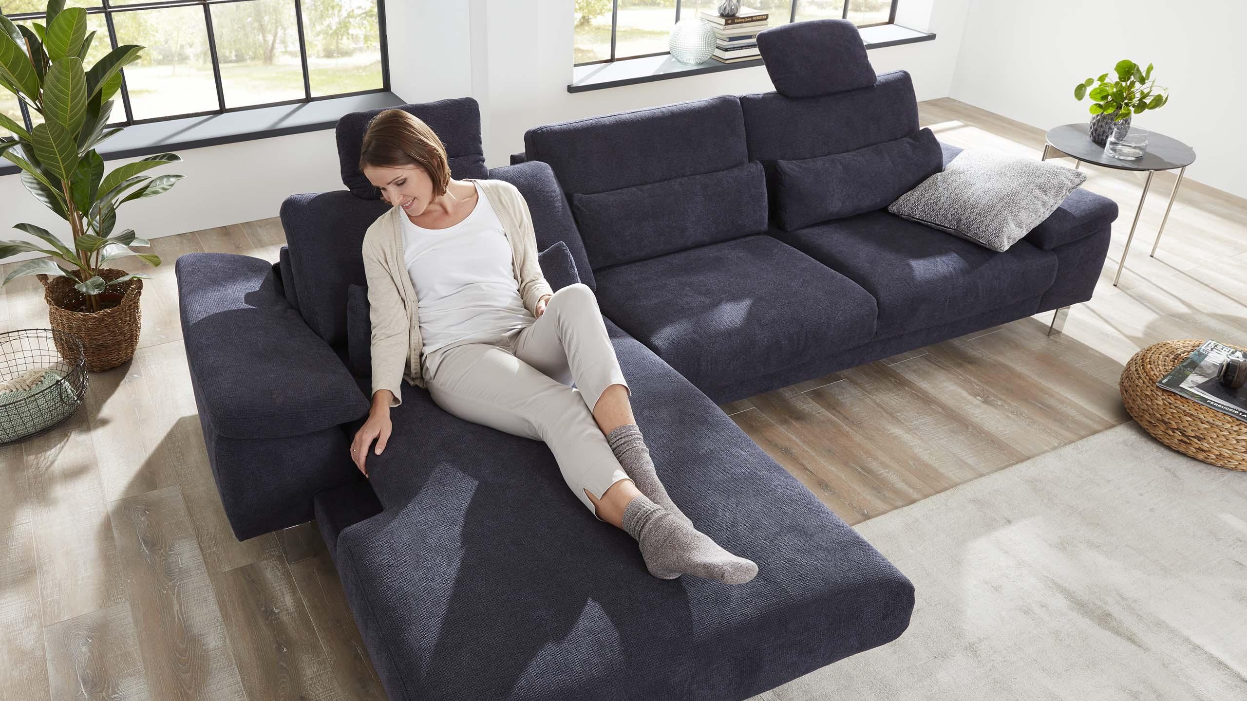 Interliving-Sofa-Serie-4301-Canape-elektrisch