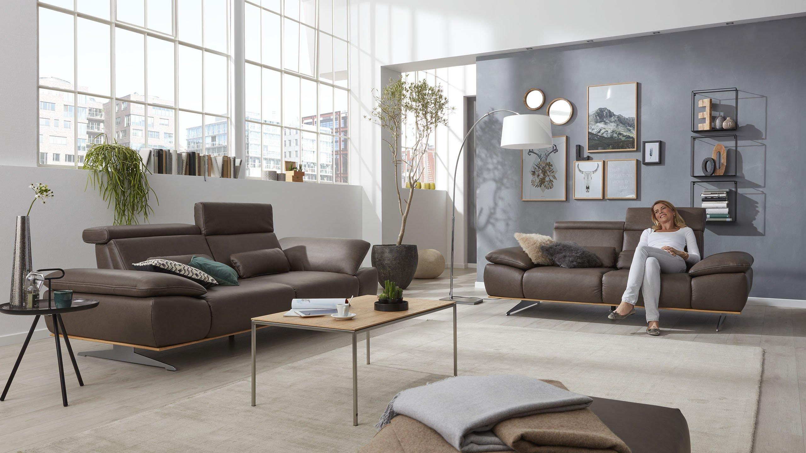 Interliving-Sofa-Serie-4350-Relaxen-klappbare-Kopfstuetze