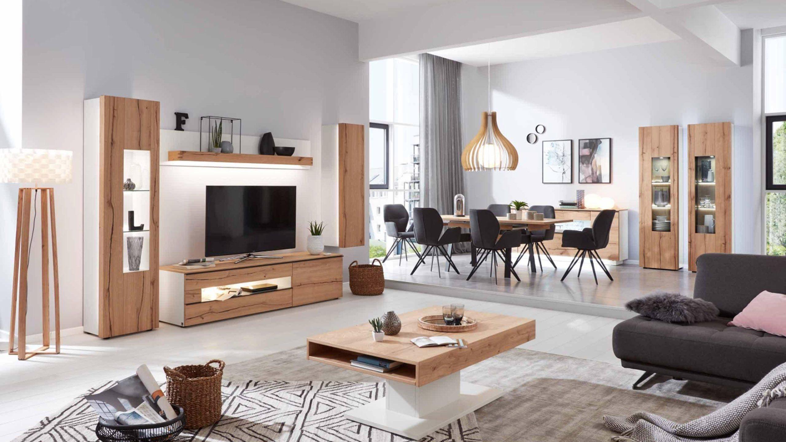 Massivholz im Wohnzimmer - Interliving