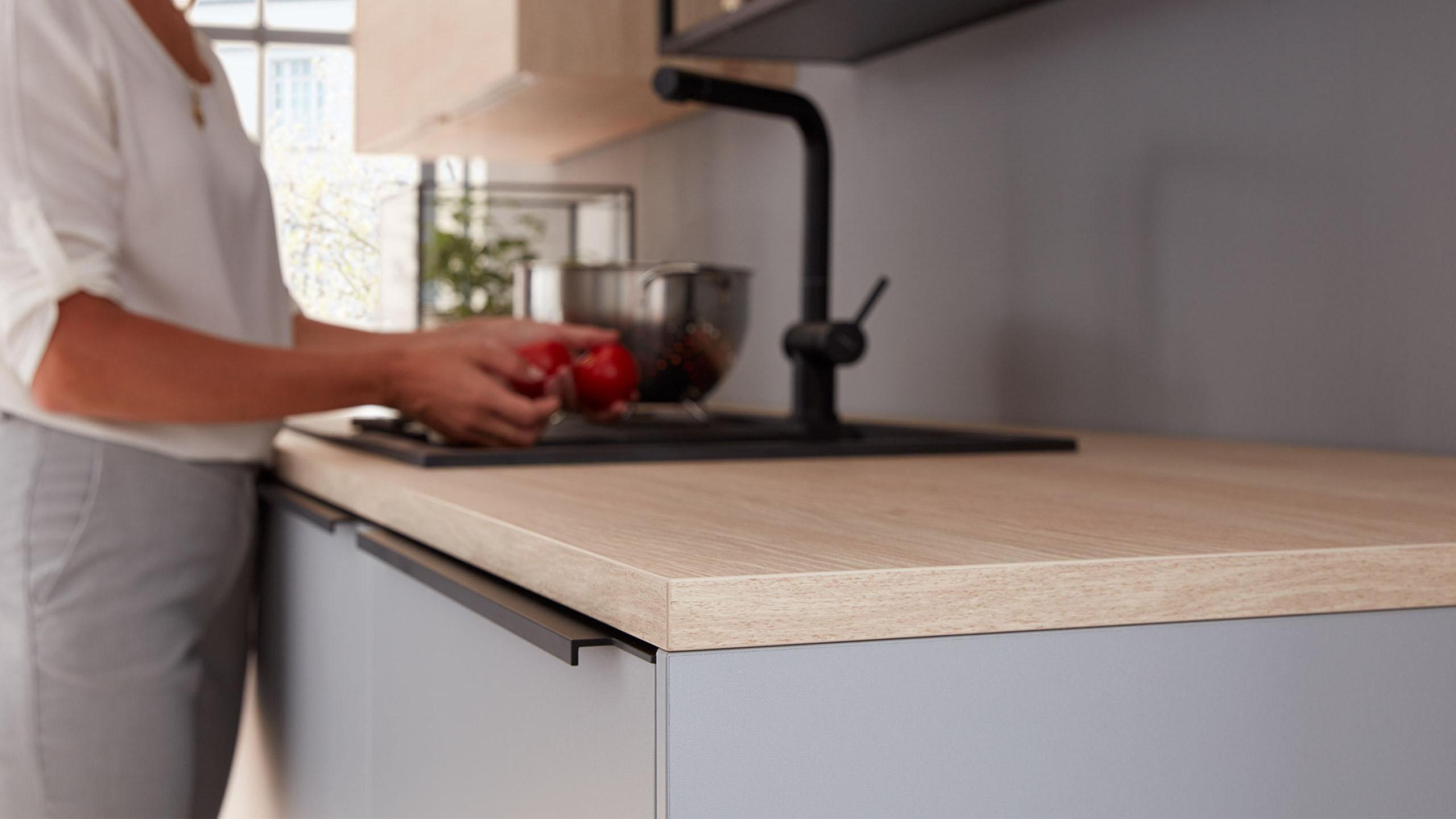 Küchentipps: So reinigen Sie die Arbeitsplatte richtig