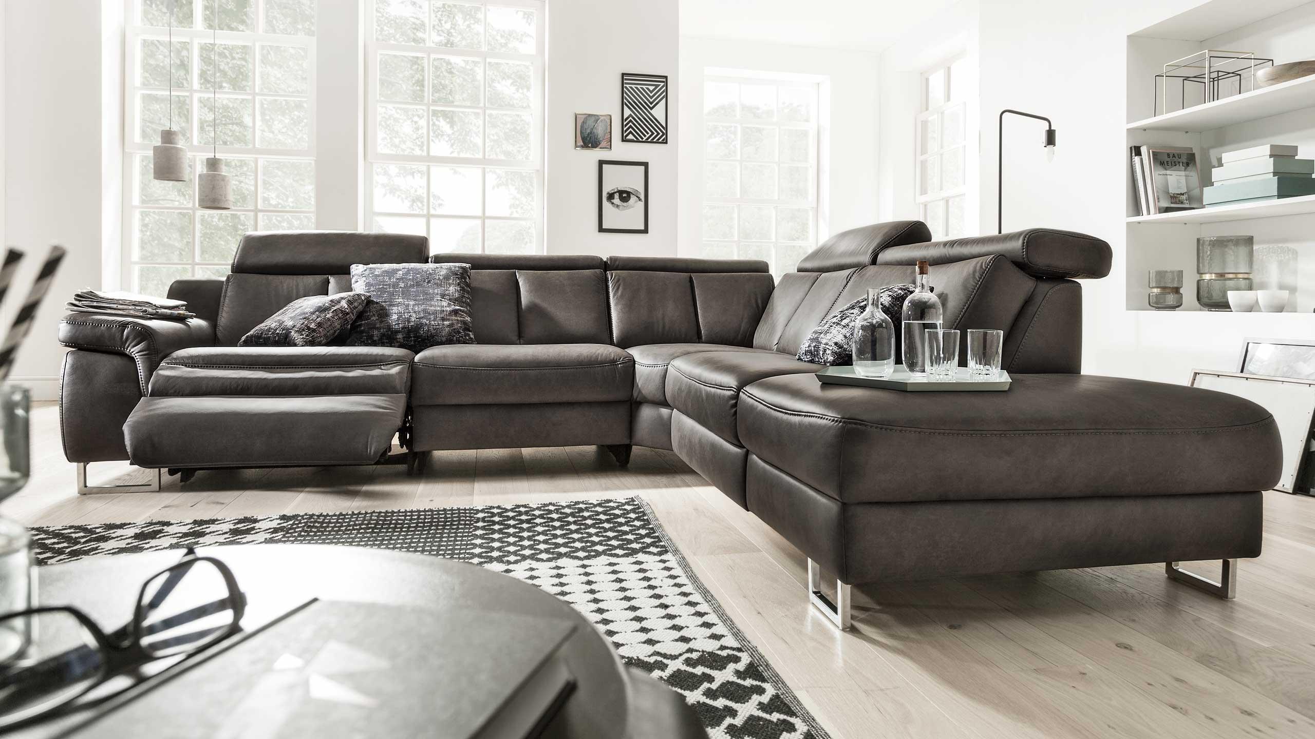 Interliving Sofa Serie 4050 mit Medientisch