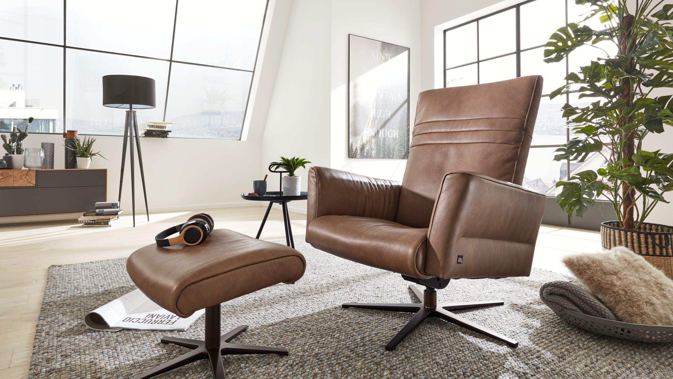 Interliving Sessel Serie 4505 mit Einzelhocker